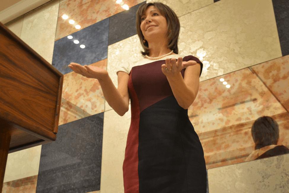 Dr Laura Dabney